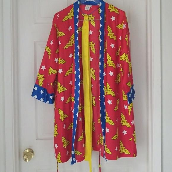 407dd8df7d DC Other - Never worn Wonder Woman Satin Robe